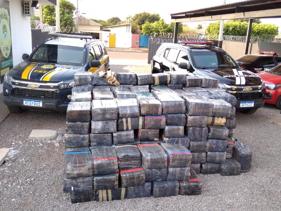 Carga de quase quatro toneladas de maconha é apreendida pela GCCO e PRF em divisa