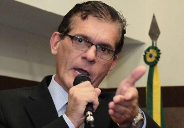 Vereador se afasta por 61 dias para trabalhar pré-campanha à AL