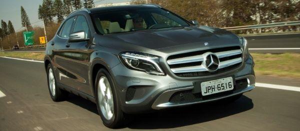 Aceleramos: Mercedes-Benz GLA é musculoso por fora é dócil por dentro