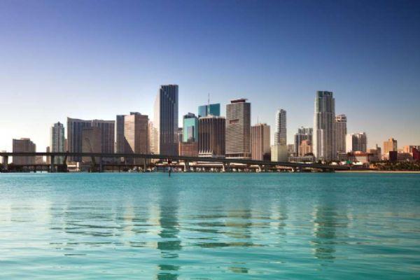 Apesar da crise, brasileiros são os que mais visitam Miami