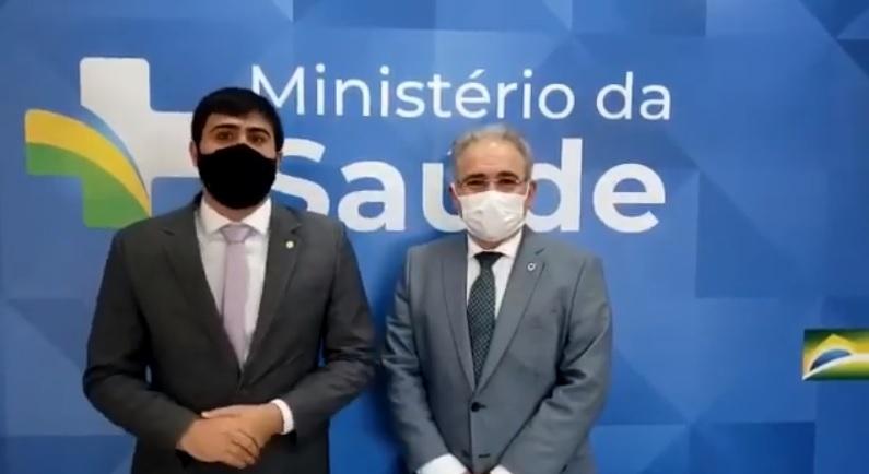 Governo Bolsonaro confirma envio de doses extras de vacina a Cuiabá em contrapartida à realização da Copa América