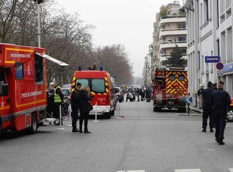 ... Islâmico e... Atentado Em Paris