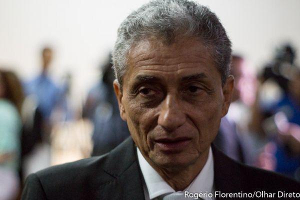 Neurilan vai a Brasília tentar convencer Temer a derrubar veto sobre reforma do ISS