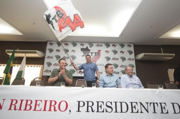 Niuan diz que pode contribuir mais como deputado estadual do que como vice-prefeito