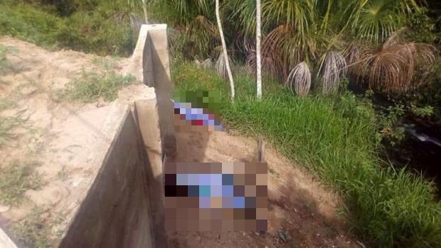 Jovem de 20 anos e menor são executados a tiros às margens de rodovia