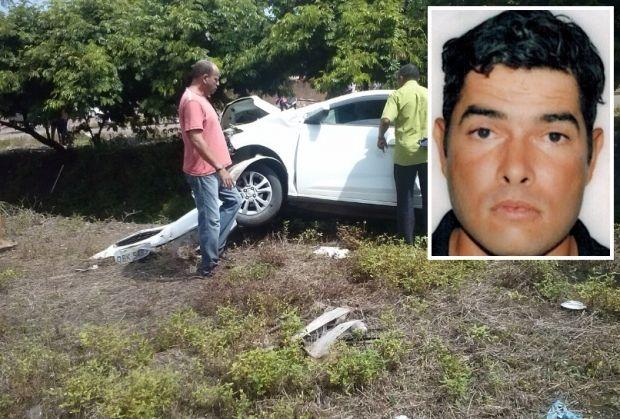 Motociclista morre depois de colidir contra Prisma em avenida
