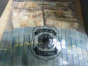 Pacote de dinheiro apreendido na operação em Sinop