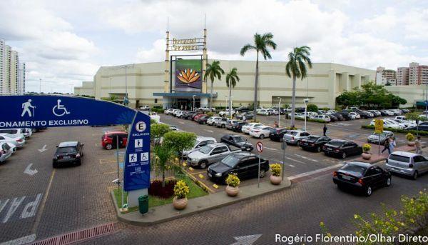 Procon notifica estacionamento do Shopping Pantanal após aumento de tarifa e diminuição do período de carência