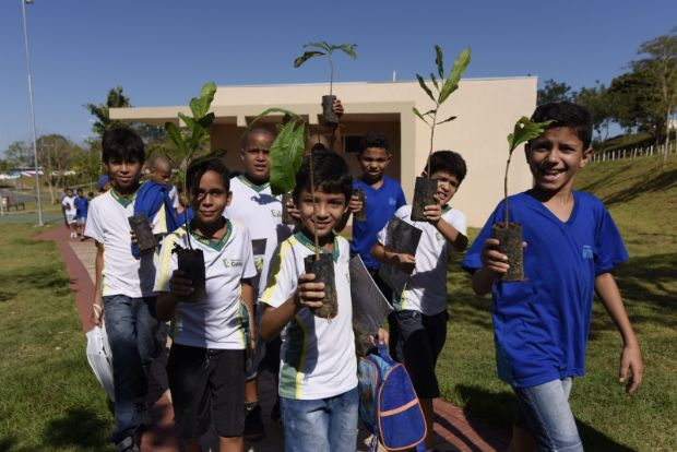 Debate sobre sustentabilidade e passeio ecológico marcam Dia Mundial do Meio Ambiente