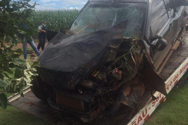 Condutor de picape atropela capivara e morre depois de ser arremessado de carro