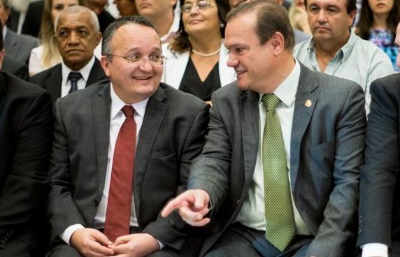 Taques evita polêmica com Fagundes sobre abuso de poder político e diz que confia na Justiça