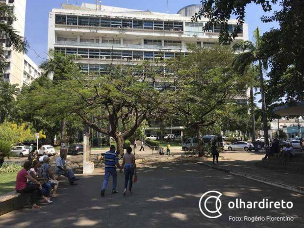Prefeitura afirma que filha de Justino Malheiros faz parte do quadro desde gestão passada e está grávida