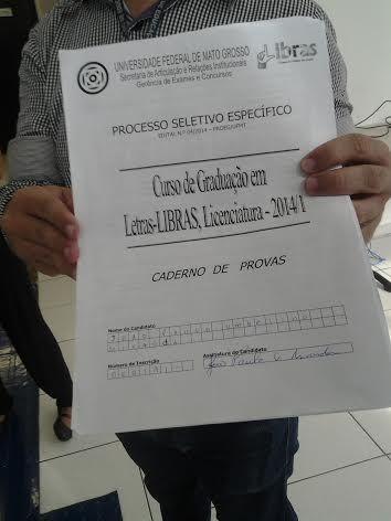 Deficiente é detido na UFMT depois de 'protestar' por falta de acessibilidade em vestibular 'Letras- Libras'