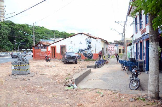 Ao custo de R$ 900 mil, Prefeitura inicia reforma de cinco praças no Centro Histórico