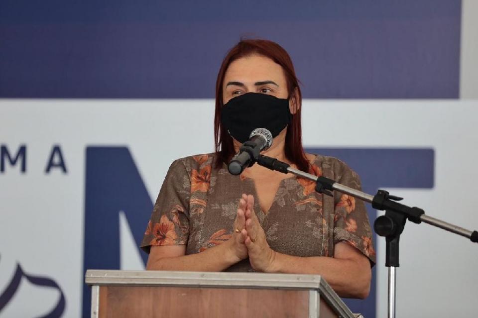 Rosa Neide parabeniza Mauro por retomada e inauguração de mais de 400 obras em MT