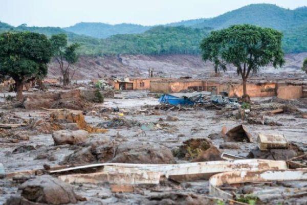 Barragem da Samarco em Mariana registra novo vazamento