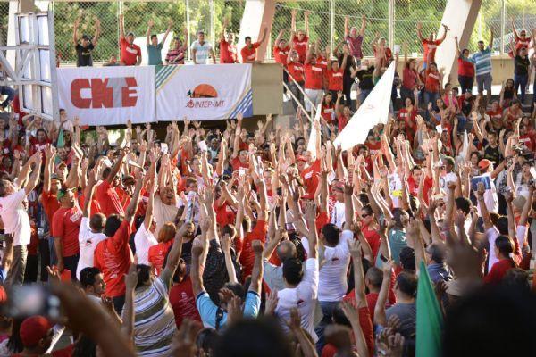 Presidente do Sintep conclama contratados a não cumprirem acordo de reposição de aulas perdidas durante greve