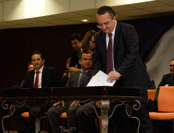Pedro Taques exonera mais 119 servidores da Sema, Sefaz e Sedec;  veja nomes