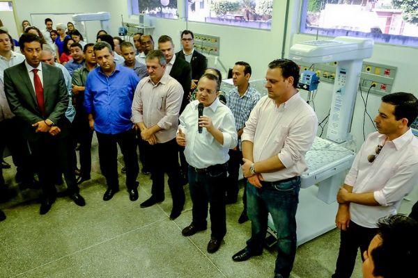 No discurso de inauguração, Taques garantiu que o governo do Estado não vai atrasar repasses