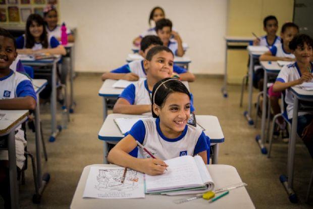 Governo do Estado inaugura escola que atenderá mais de mil alunos em Várzea Grande