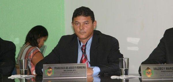 Vereador Francisco de Assis Ferreira visitava casa da família
