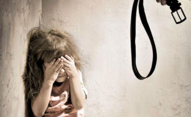 Violência contra a criança é proibido por lei