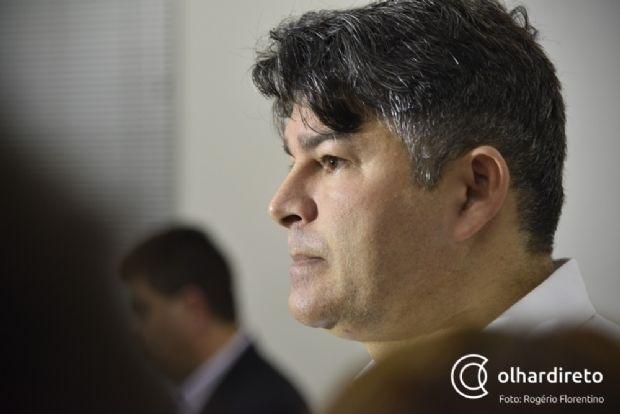 Deputado encampa campanha contra Mandetta e sugere que ministro fez conchavo com Governo do GO