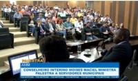 Conselheiro interino Moises Maciel ministra palestra a servidores municipais