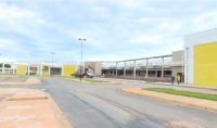 Governador Pedro Taques visita obras do novo pronto socorro