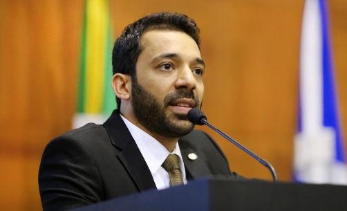 Justiça proíbe suplente de deputado de freqüentar boate e bares