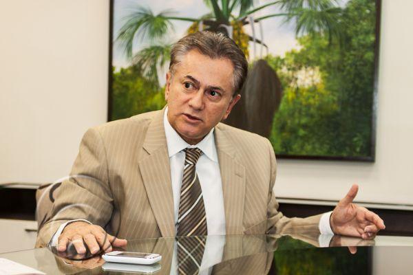 Contrato sem licitação foi autorizado pelo desembargador Orlando Perri