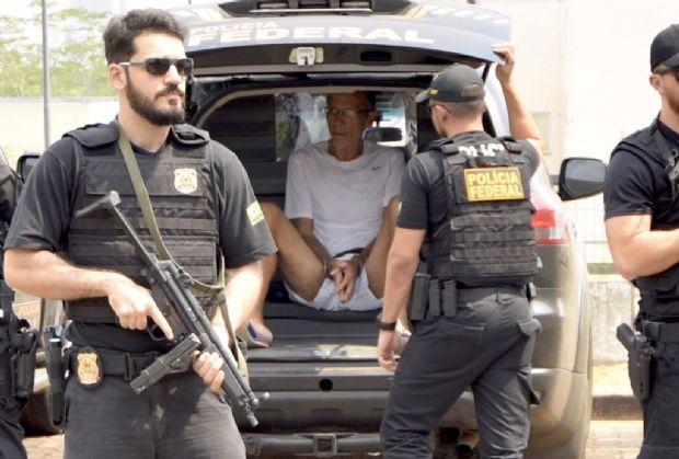 Arcanjo chega a sede da Polícia Federal para depor em ação contra ex-deputado