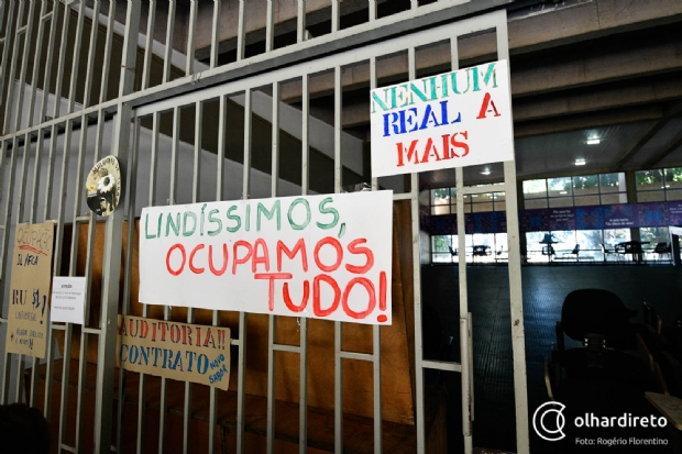 Juiz determina reintegração de posse na UFMT e autoriza reforço policial para retirar alunos