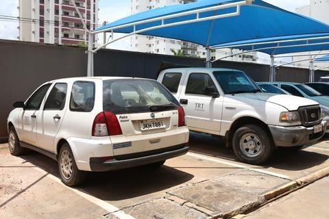 TRT leiloa seis camionetes L200, três Ford Rangers e outros nove veículos