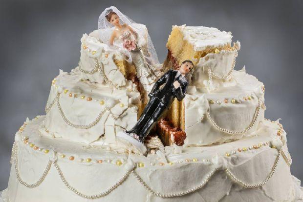 Resultado de imagem para ilustração para casamento desfeito