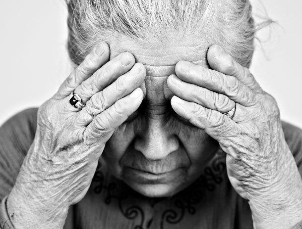 MP investiga se idosa com alzheimer é maltratada e tem aposentadoria furtada pelo filho