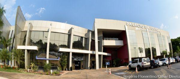 Treze magistrados de MT receberam mais de R$ 100 mil em dezembro; desembargadora ganha sozinha R$ 338 mil